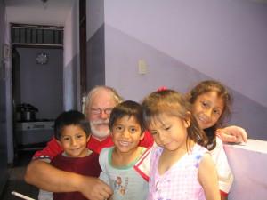 Lastenhoitajana perulaisessa kodissa 2003
