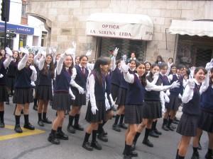 Serenassa Chilessä 1000 lapsen jouluparaatin joulupukkina 2003