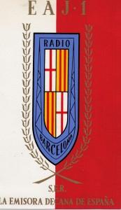 Urheilufanitus on elinikäistä. Kuunneltuani 60-luvulla Radio Barcelonan jalkapalloselostusta minusta tuli Barçan fani. Jonain päivänä menen katsomaan sen kotiottelua, jossa Messi pelaa. Olisin halunnut opiskella espanjaa koulussa, mutta kauppakoulun pakkoruotsi oli yhteiskunnalle tärkeämpi. Elämäni kannalta hävisin niin kuin hävitään vielä tänä päivänä.